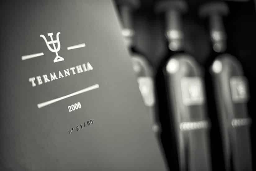 fotografia botella y caja fotógrafo