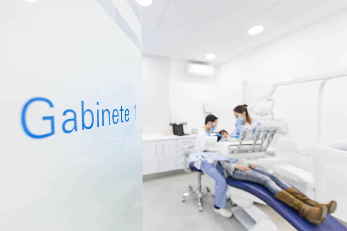 fotografo clinica dental valladolid madrid reportaje empresa
